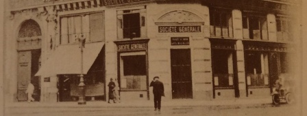 The offices are transferred to 2 place d'Estienne d'Orves (formerly 2 rue Blanche) beside the Sainte-Trinité church, where they still are today.